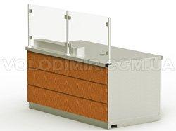 Модуль 2. Отделение с дверцей для колы, отделение для мусора, настольный блок с электророзетками